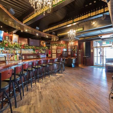 Mahoney's Pub & Grille best greek in chicago;