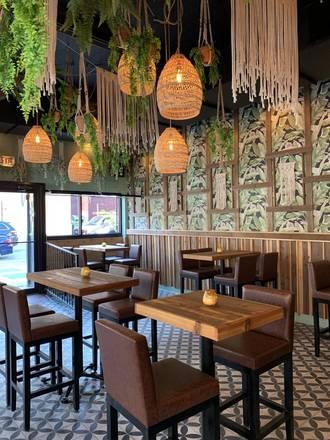 MAK best german restaurants in chicago;