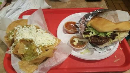 La Justicia best fried chicken in chicago;