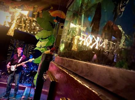 Phyllis' Musical Inn best greek in chicago;