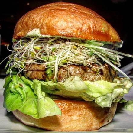 Umami Burger best comfort food chicago;