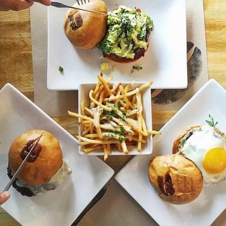 Umami Burger best fried chicken in chicago;