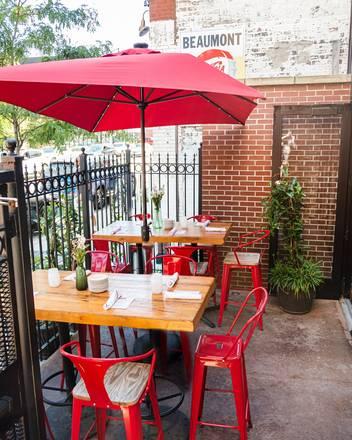 Café Ba-Ba-Reeba best french bistro chicago;