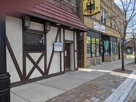 Laschet's Inn best comfort food chicago;