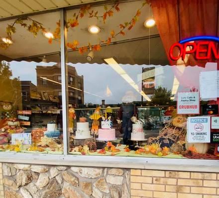 Lutz Cafe & Pastry Shop best greek in chicago;