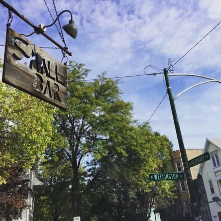 SmallBar (Logan Square) best fried chicken in chicago;