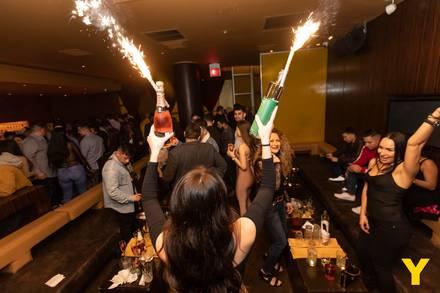 Y Bar best french bistro chicago;