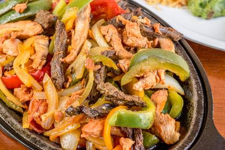 Garcia's Restaurant (Lincoln Square) best fried chicken in chicago;