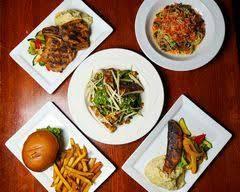 Dylan's Tavern & Grill best fried chicken in chicago;