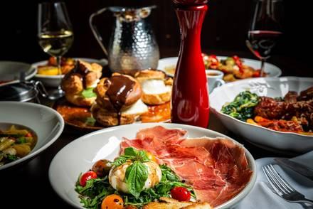 Rosebud Italian Specialties & Pizzeria best french bistro chicago;