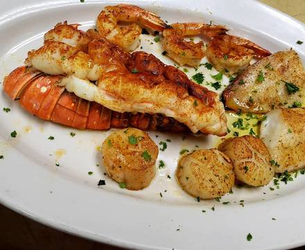 Avvio American-Italian Kitchen best french bistro chicago;