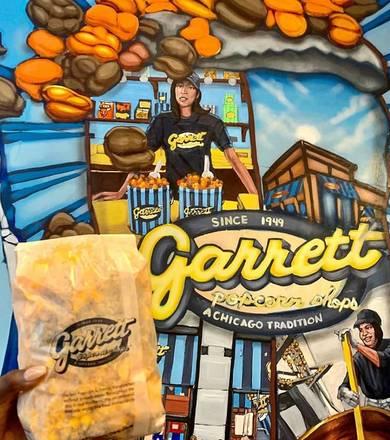 Garrett Popcorn Shop (East Madison St.) best comfort food chicago;