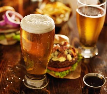 Brehon Pub best french bistro chicago;