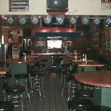Yak-Zies Bar & Grill best fried chicken in chicago;