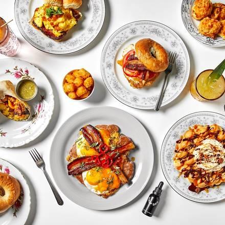 Wake n' Bacon best fried chicken in chicago;