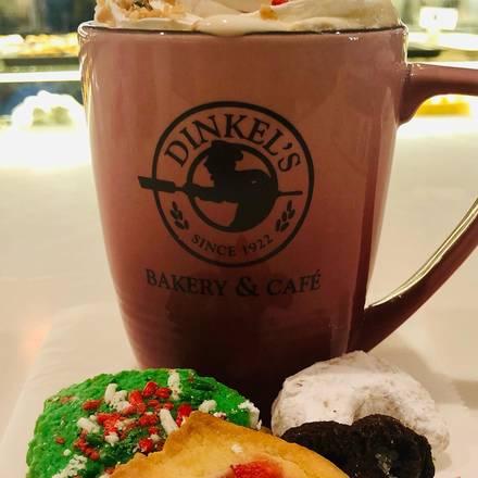 Dinkel's Bakery best fried chicken in chicago;