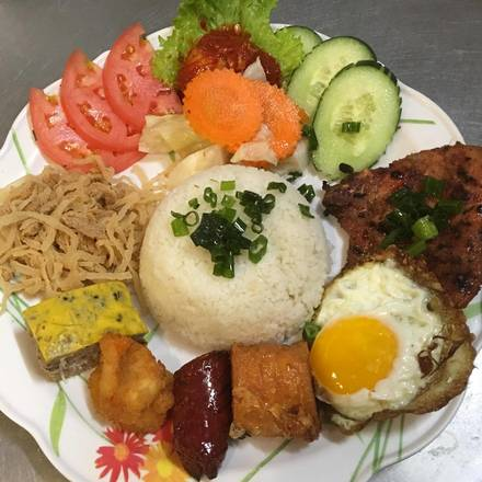 Pho 777 best german restaurants in chicago;