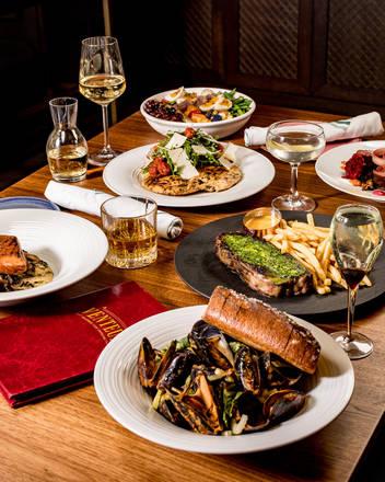 Venteux best chicago rooftop restaurants;
