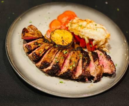 Morton's The Steakhouse USA's BEST STEAK RESTAURANTS 2021;