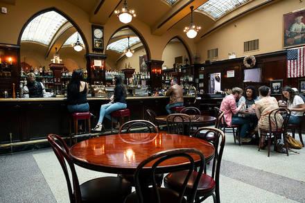 Huber's Restaurant prime steakhouse;